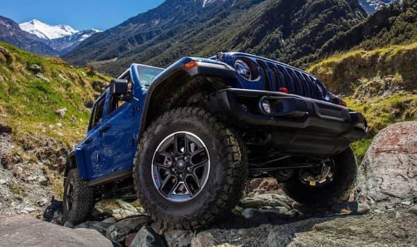 Jeep Wrangler bouldering