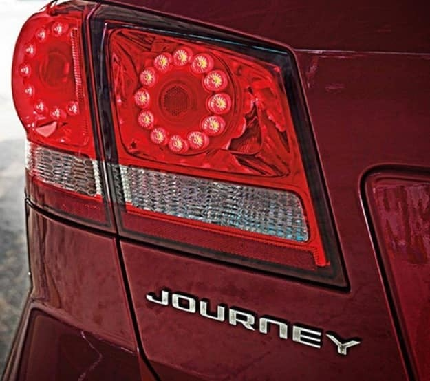 2020 dodge journey tail light