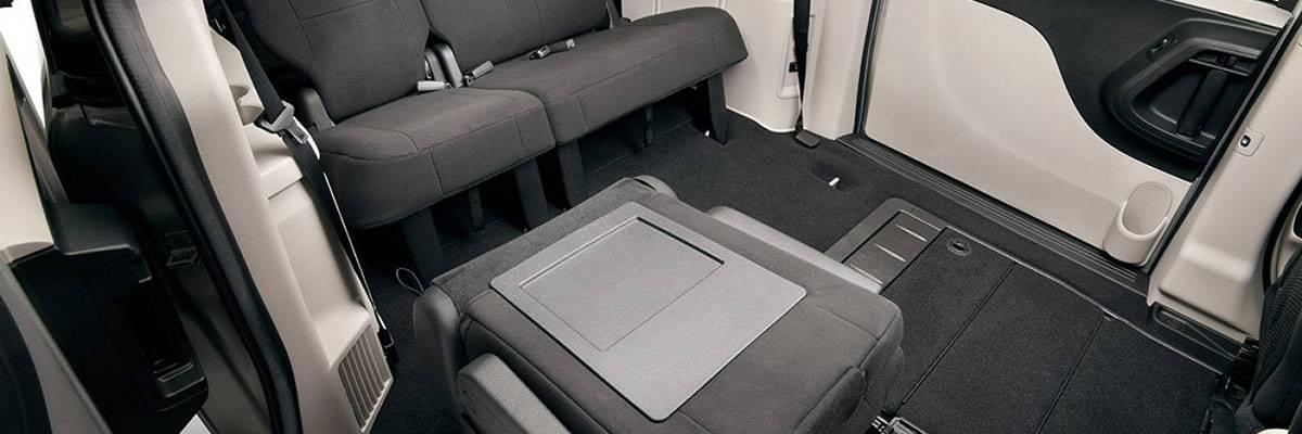 Aventura 2017 Dodge Grand Caravan Style