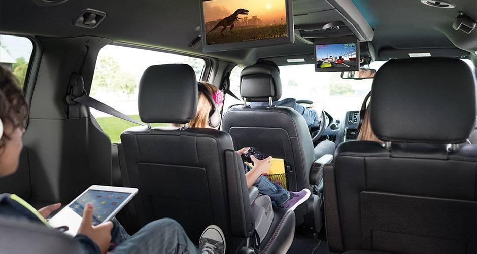 Aventura Road Trip Gadget Grand Caravan