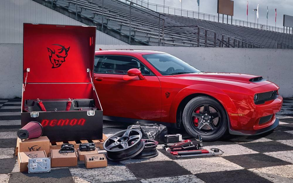 Aventura 2018 Dodge Demon Crate Racing Essentials