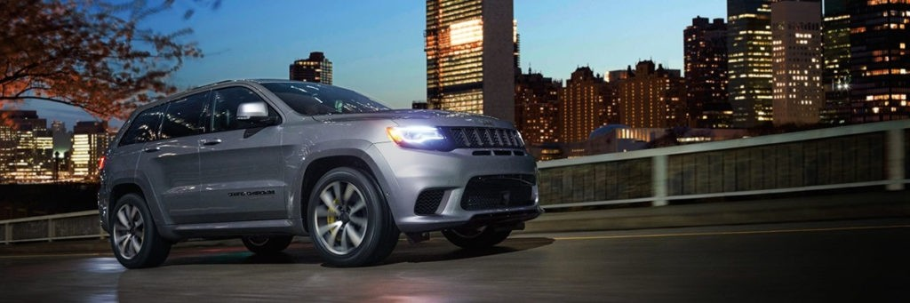 Aventura 2017 Jeep Grand Cherokee Trackhawk Power
