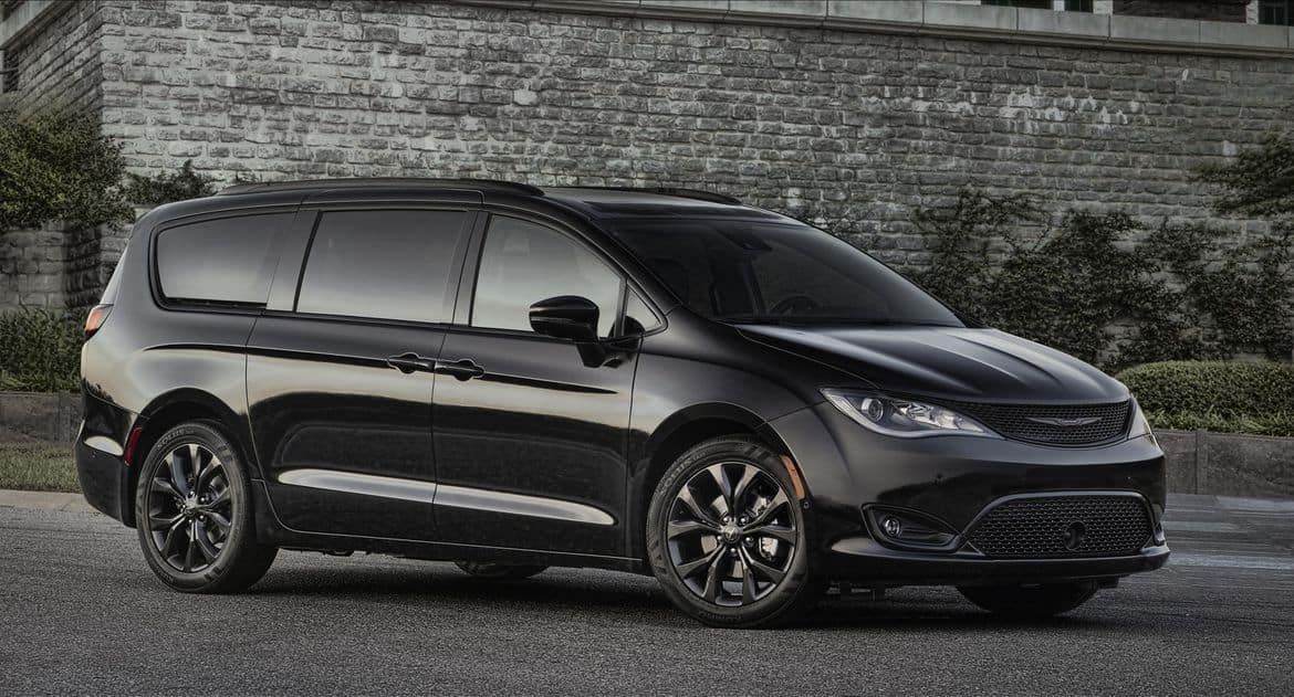 Ram Srt 10 >> The Chrysler Pacifica Gets Blacked Out