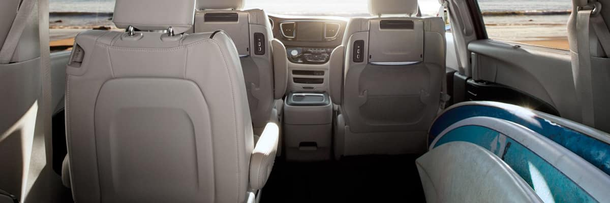 Aventura 2018 Chrysler Pacifica Hyrbid Style