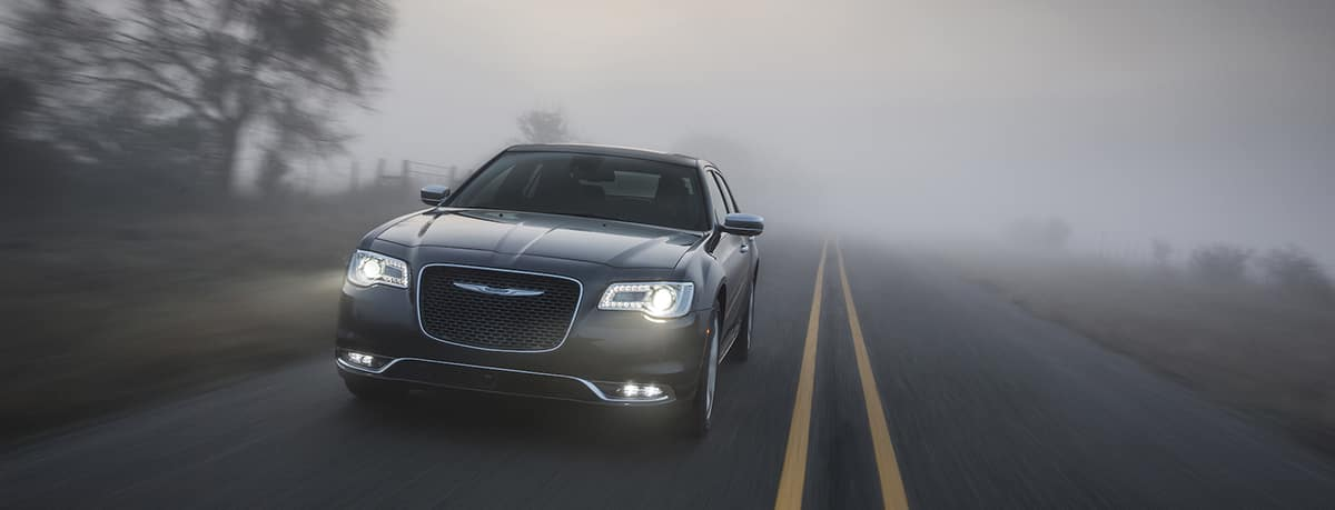 Aventura CJDR 2019 Chrysler 300 Power