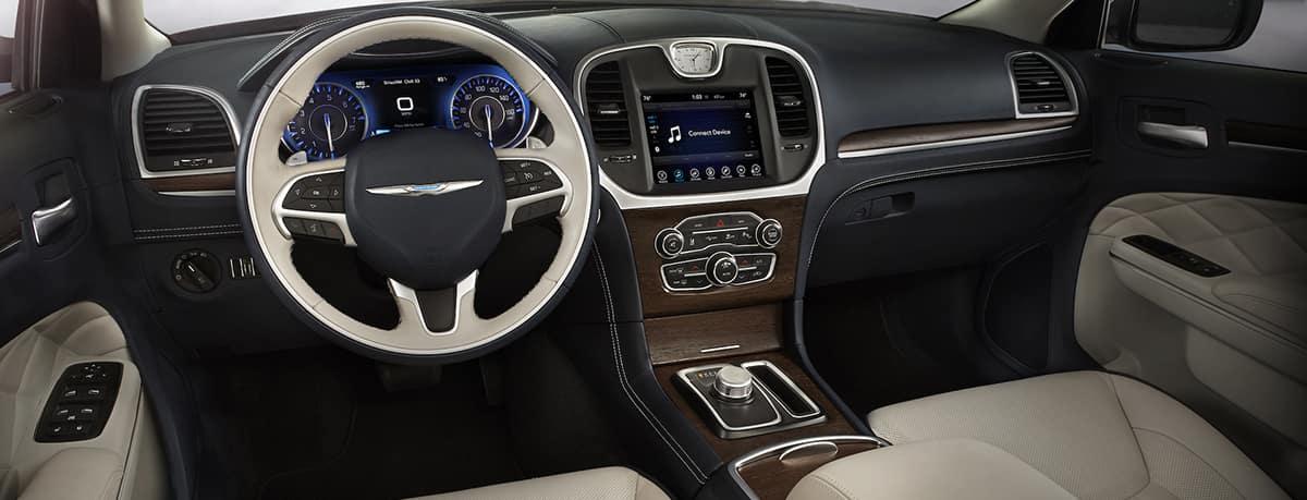 Aventura CJDR 2019 Chrysler 300 Style