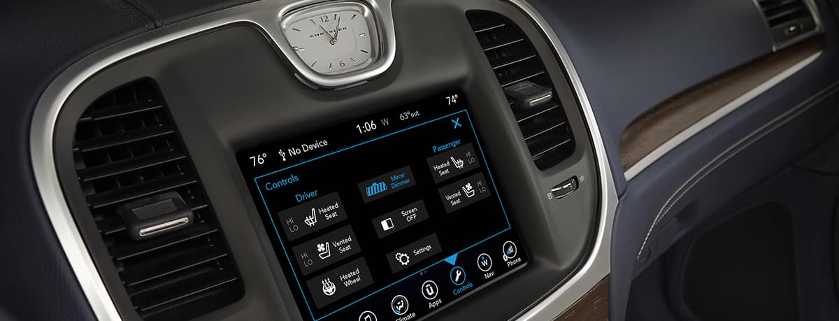 Aventura CJDR 2019 Chrysler 300 Tech