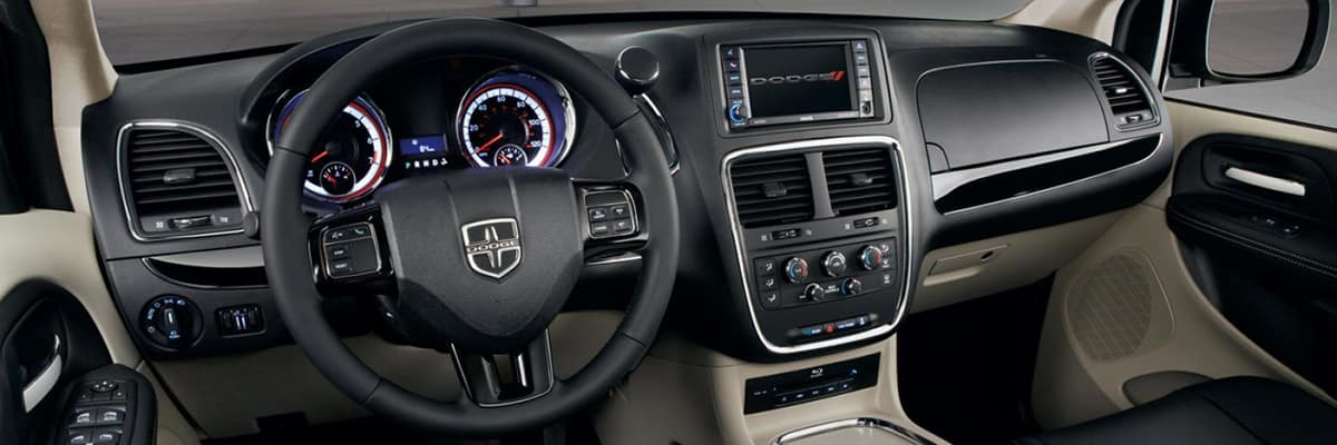 Aventura CJDR 2019 Dodge Grand Caravan Tech