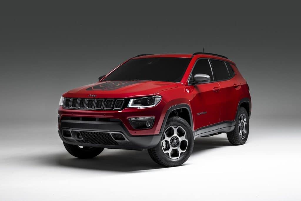 aventura-cjdr-2019-geneva-jeep-compass-hybrid