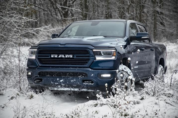 aventura-cjdr-2019-ram-1500-north-edition-nempa-winter