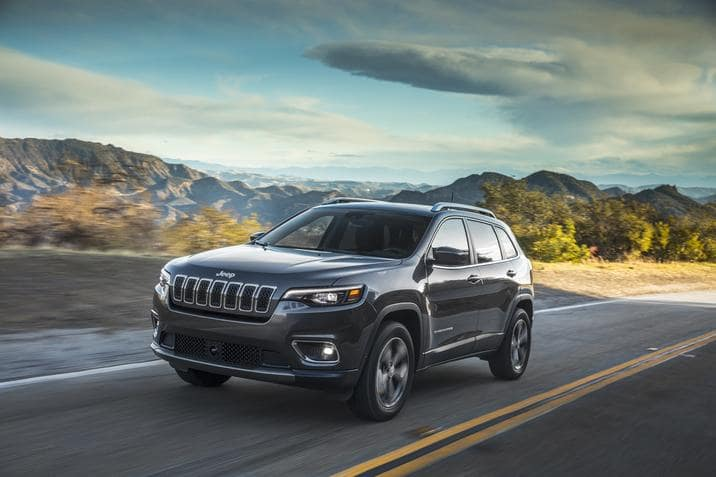 aventura-cjdr-2019-jeep-cherokee-top-safety-pick-iihs