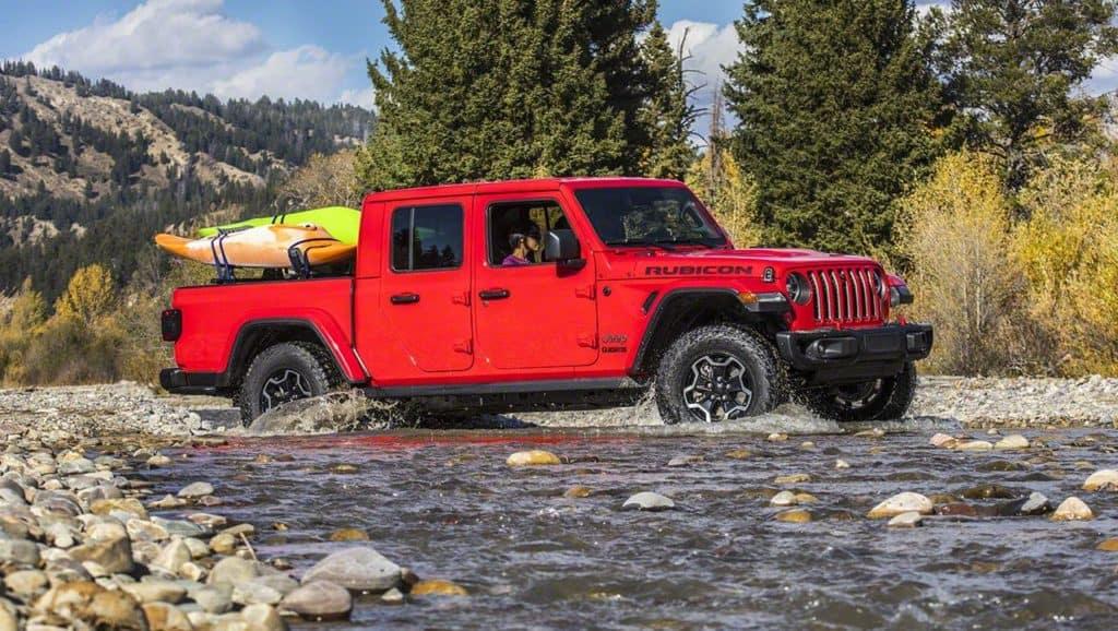 aventura-cjdr-2020-jeep-gladiator-car-and-driver