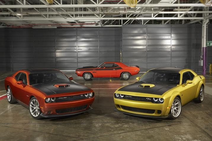 aventura-cjdr-Limited-production-50th-Anniversary-Edition-dodge-challenger-trims