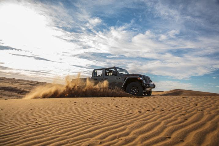 aventura-cjdr-2020-jeep-gladiator-mojave