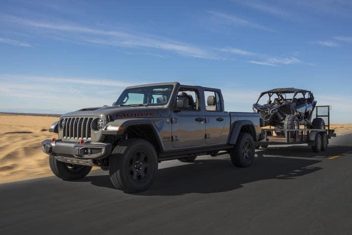 aventura-cjdr-jeep-ram-gold-winch-tfltruck