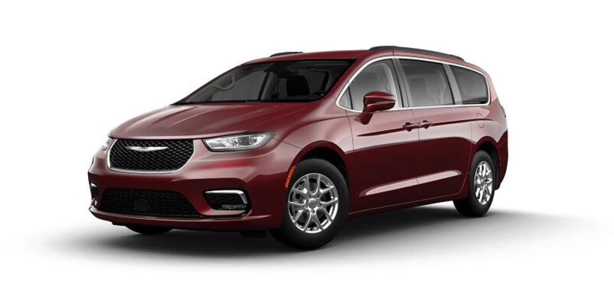 aventura-cjdr-2021-chrysler-pacifica-hybrid-stock