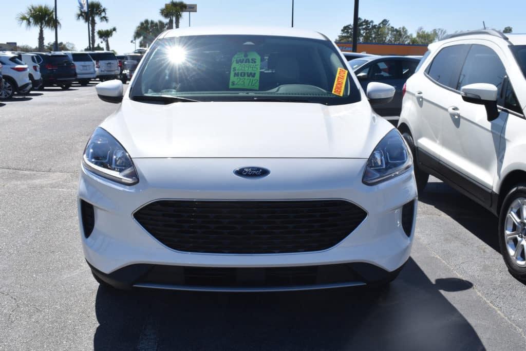 New 2020 Ford Escape SE FWD 4D Sport Utility