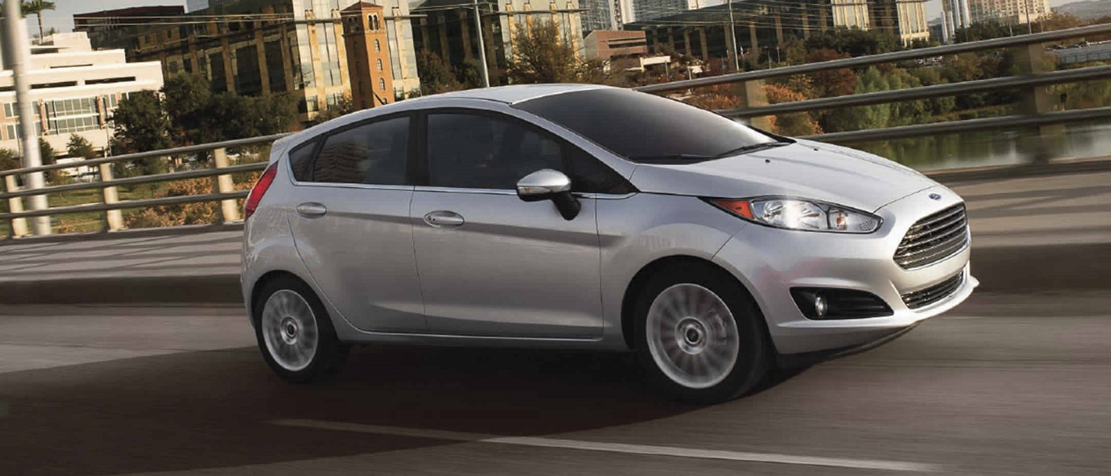 2017-ford-fiesta-hatchback-silver-profile