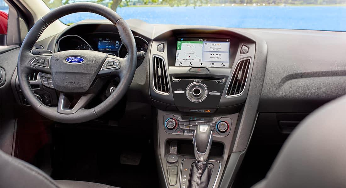 2018 Ford Focus Titanium Active Park Assist