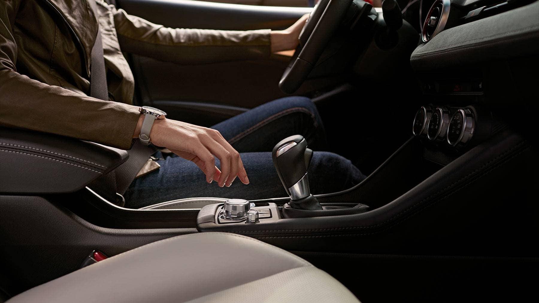 2019 Mazda CX-3 interior console