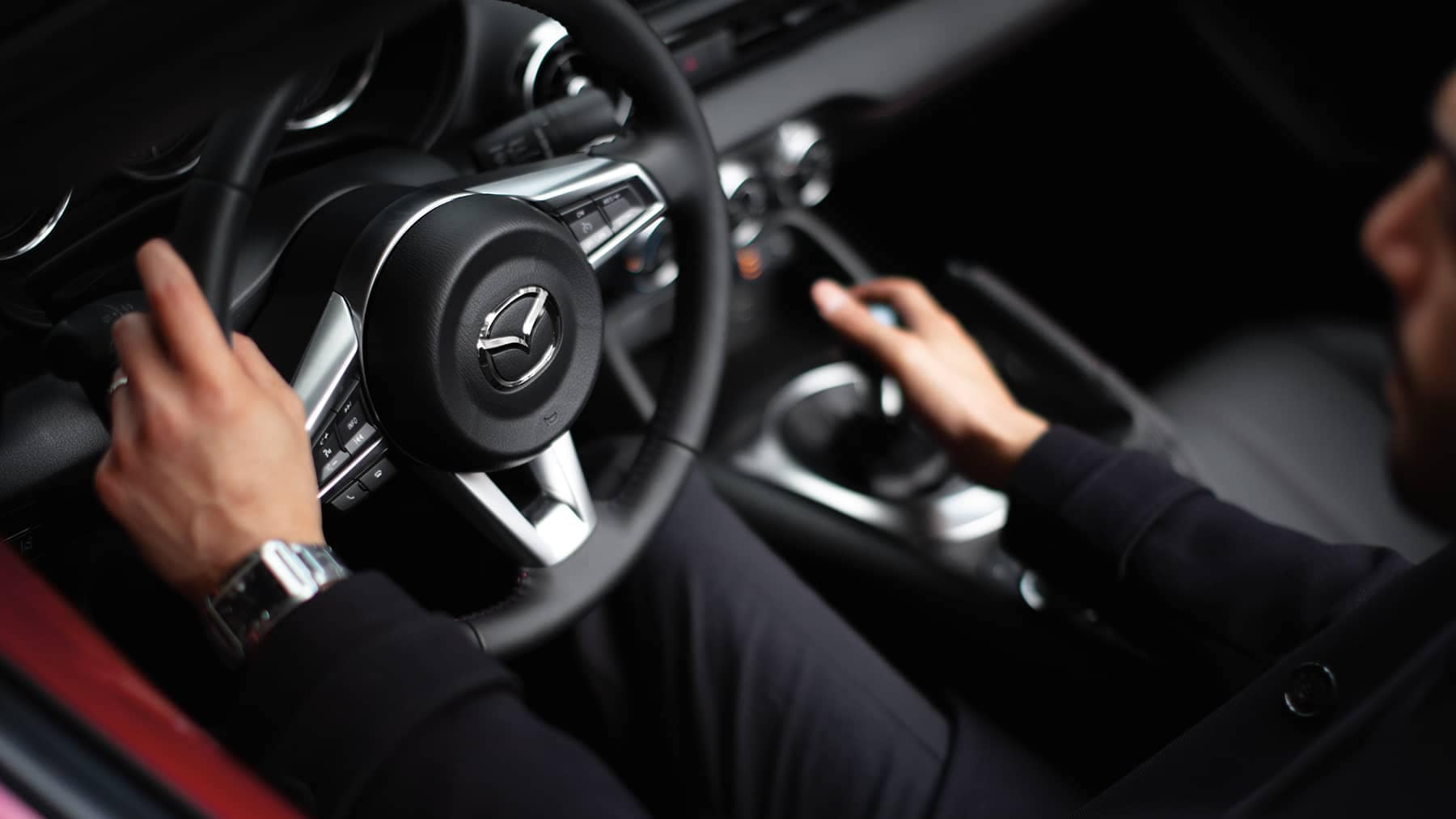 2019 Mazda MX-5 Miata gear shifter