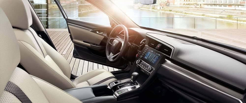 2019 Honda Civic Sedan Interior Front Seating and Dashboard Features