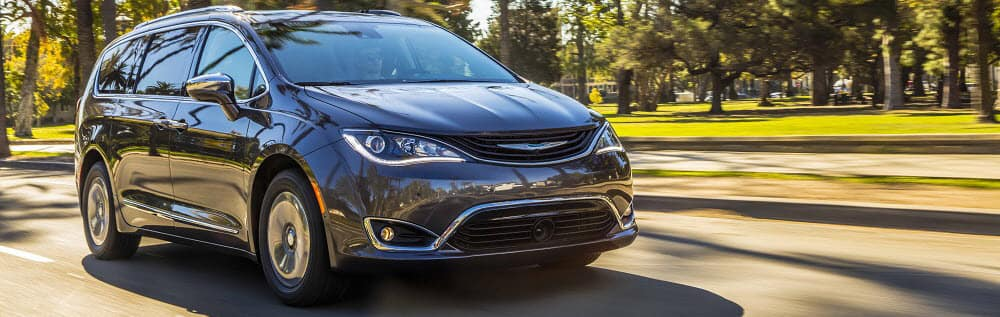 2019 Chrysler Pacifica Brockton M