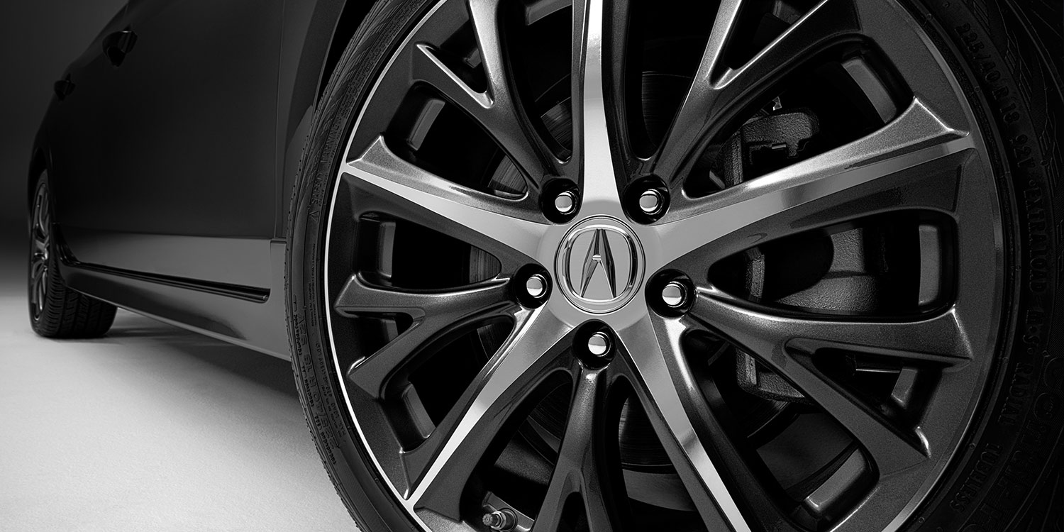 2017 Acura ILX 18-Inch Wheels