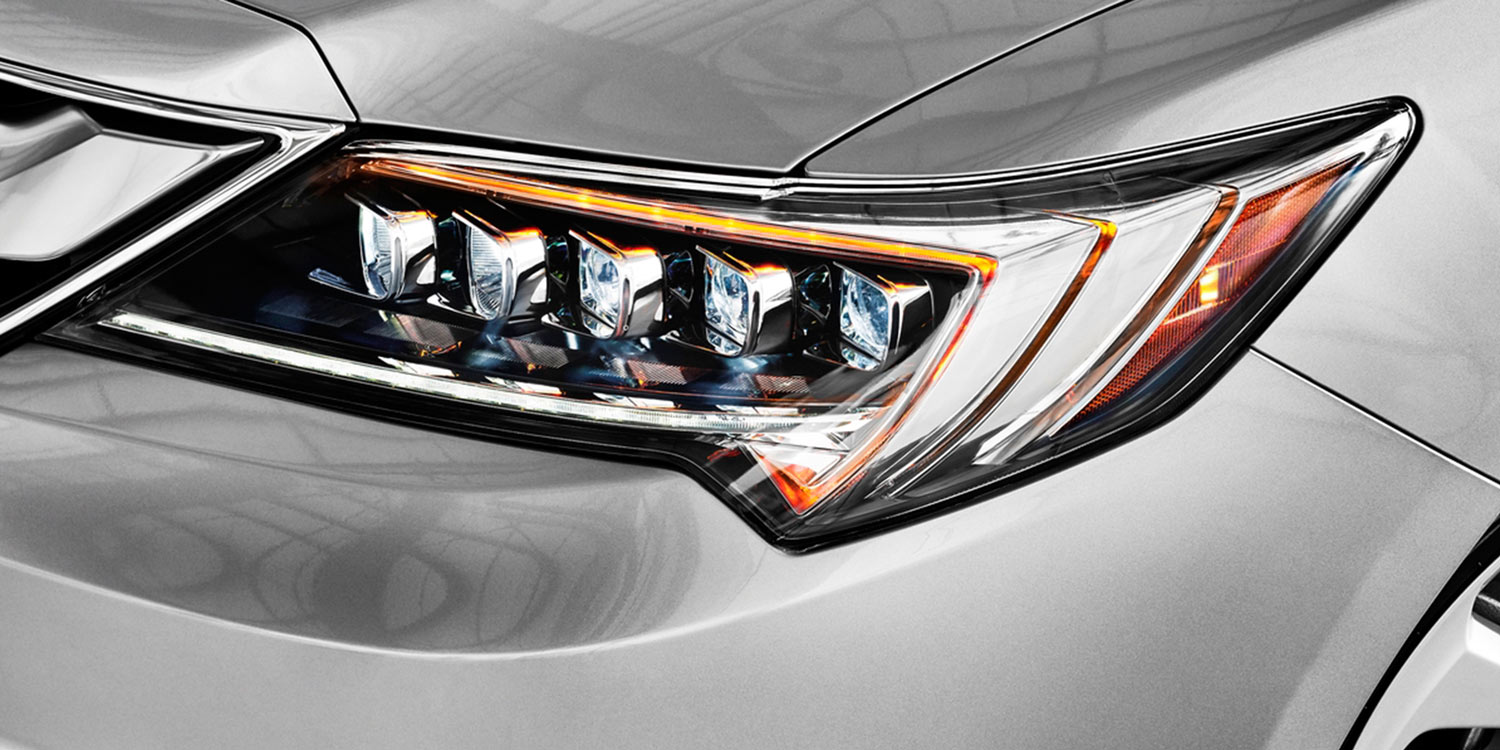 2017 Acura ILX Jewel Eye LED Headlights