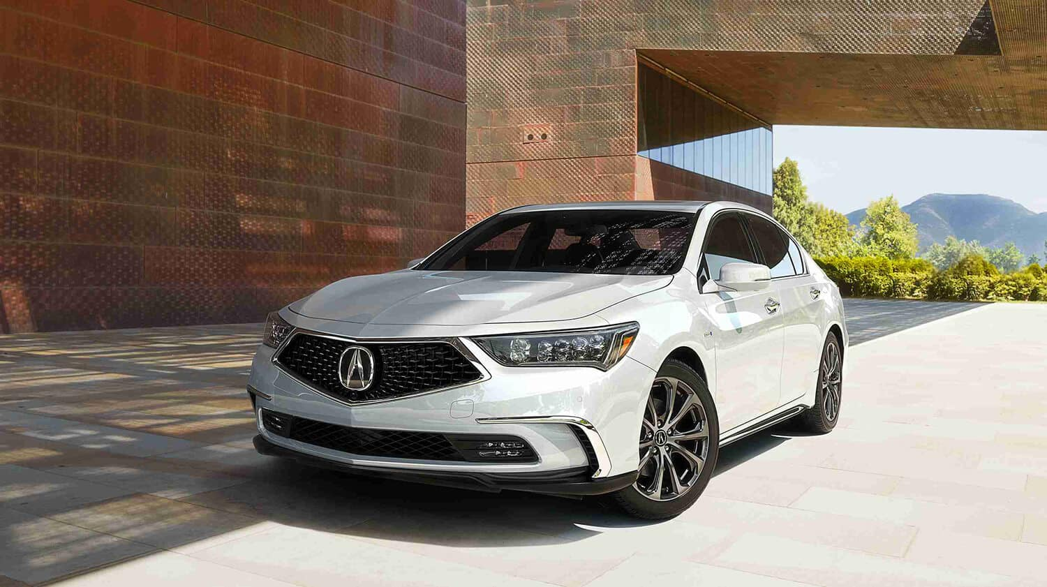 2018 Acura RLX Exterior Front Angle Driver Side