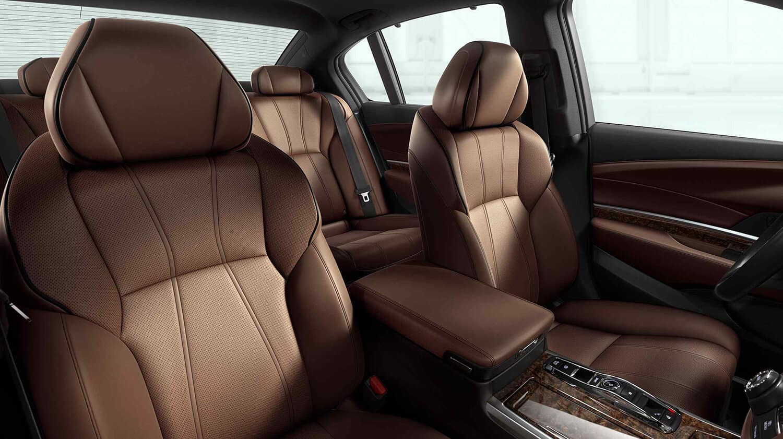 2018 Acura RLX Interior Seating