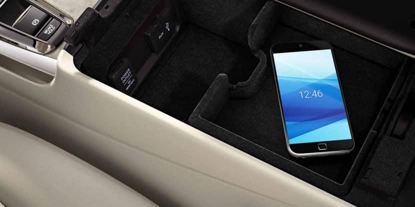 2018 Acura RLX Smartphone