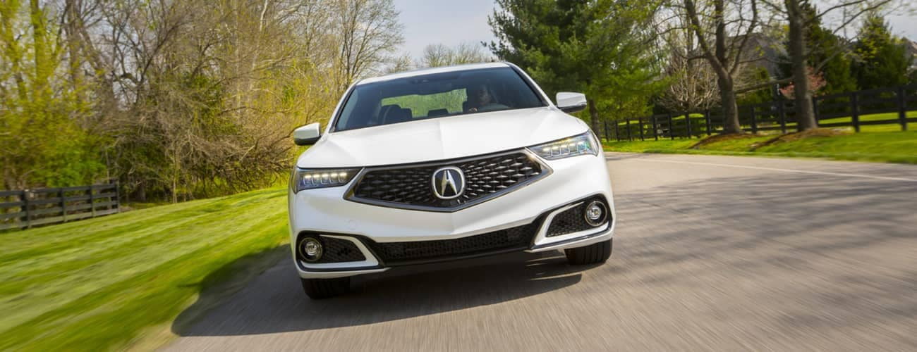 2019 Acura TLX exterior front end