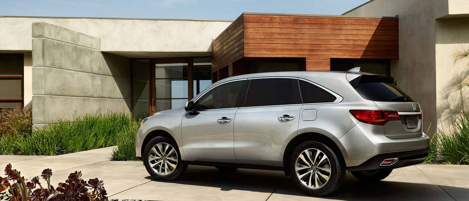 2016 Acura MDX profile view