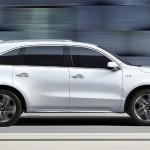 White Acura MDX