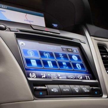 2017 Acura RLX Infotainment