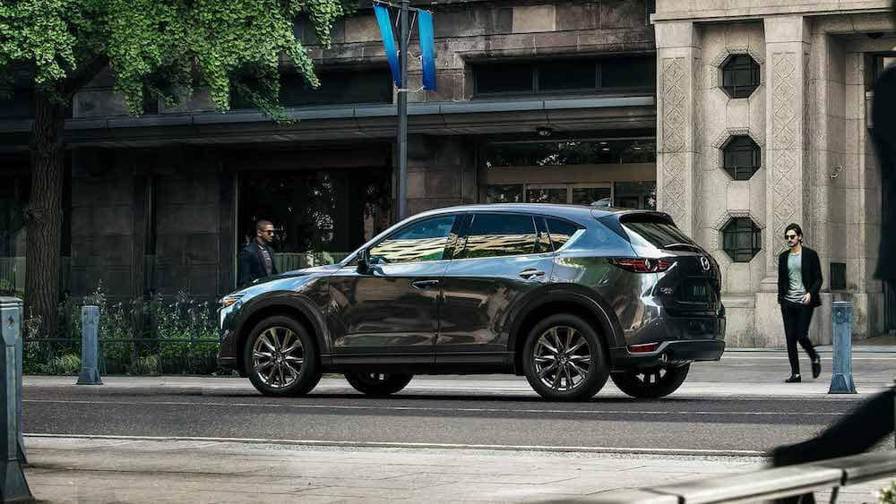 2019 Mazda CX-5 Signature in profile