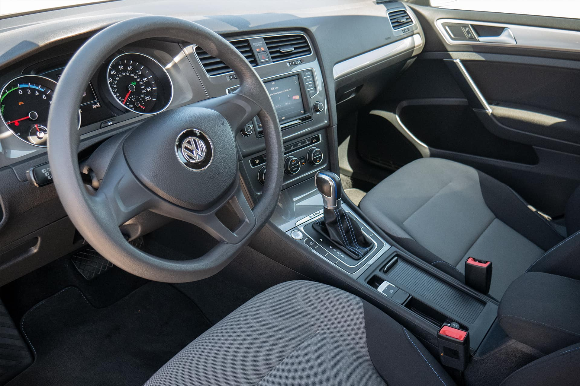 Volkswagen e-Golf SE Interior