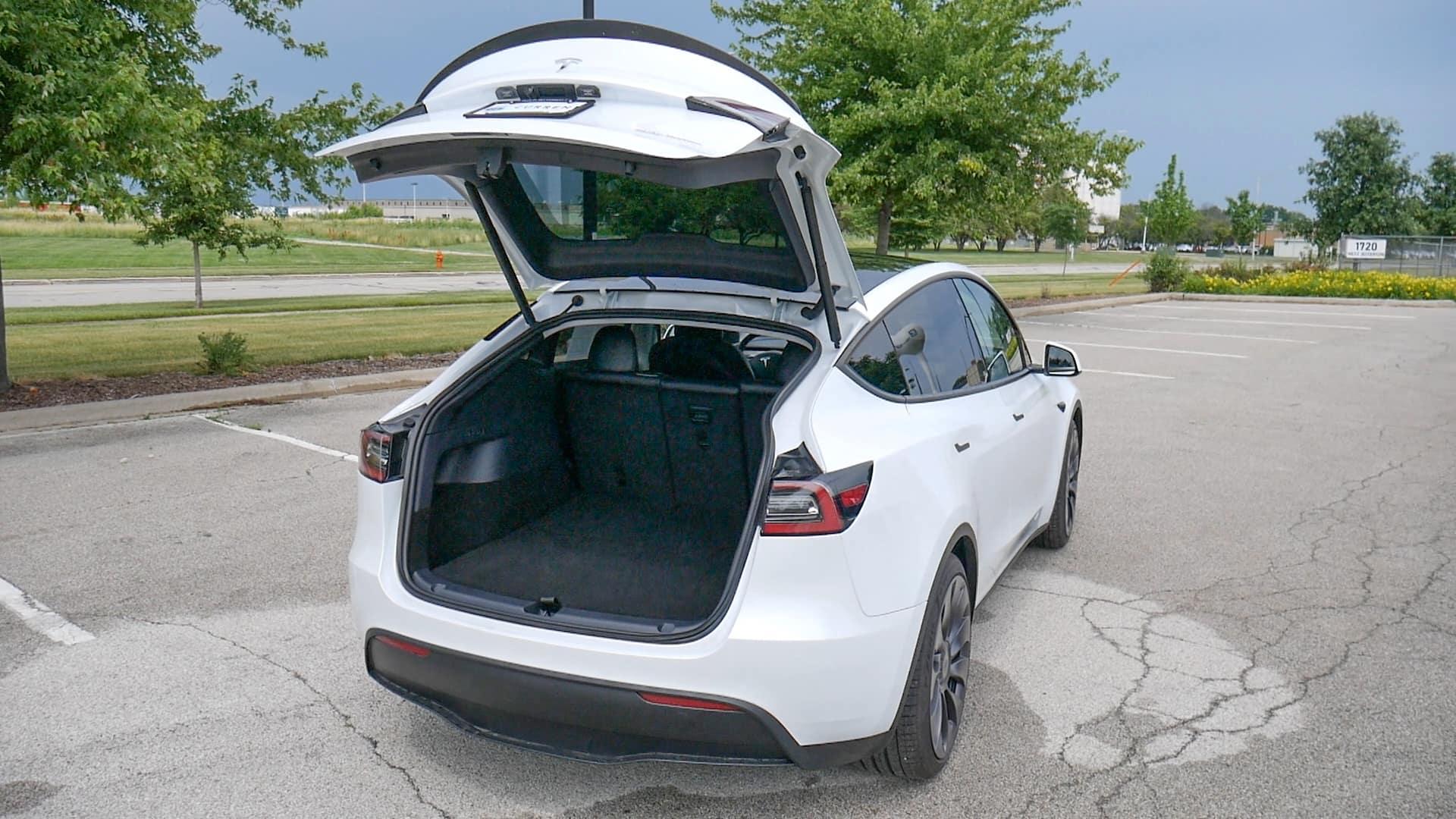 Model Y Hatchback