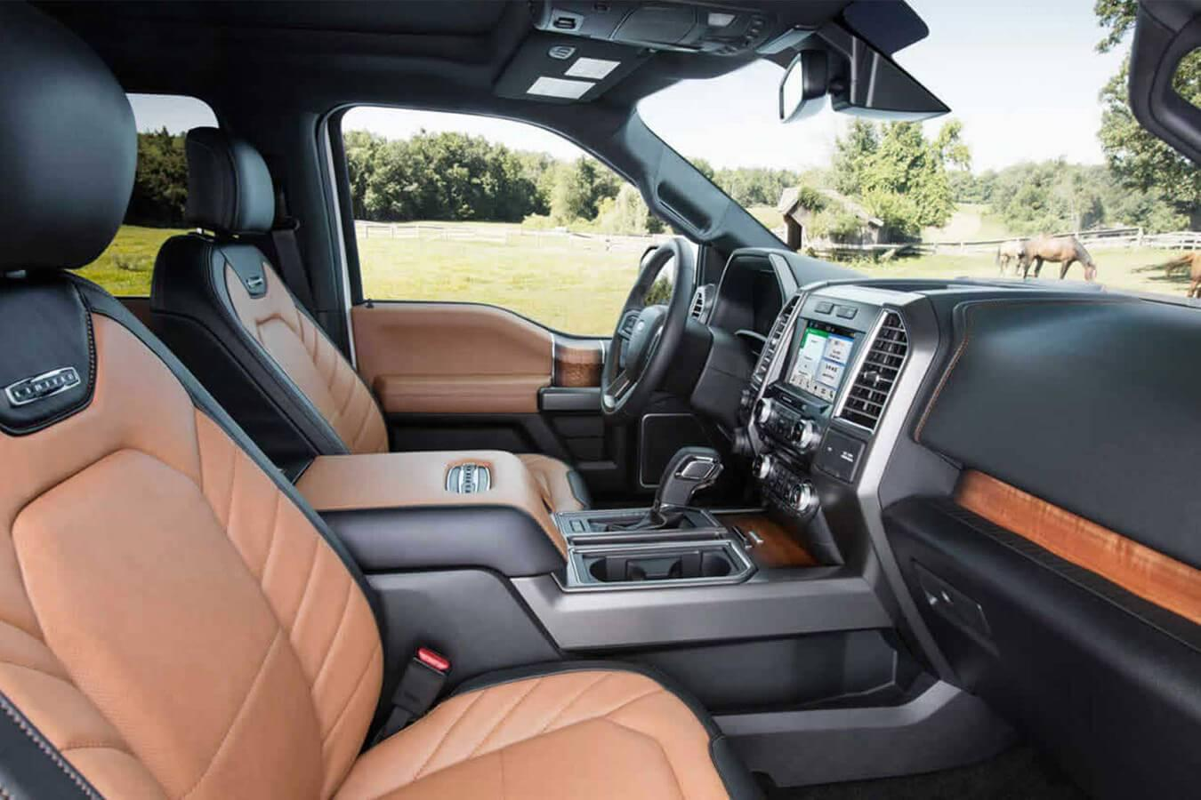 2017 Ford F-150 Cabin
