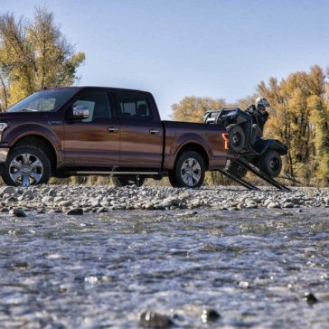 2018 Ford F-150 LARIAT SuperCrew in Magma Red