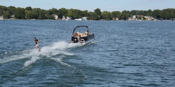 Berkshire pontoon Sport Performance