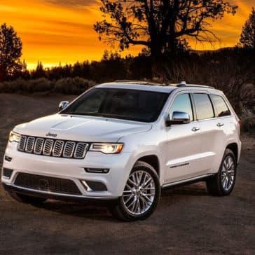 2018 Jeep Grand Cherokee at sunset