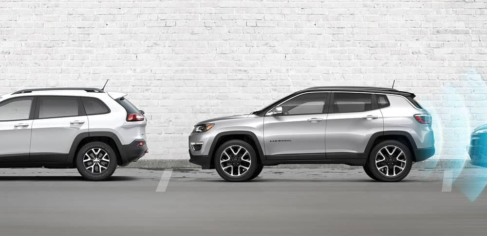 Jeep Compass Vs Jeep Cherokee >> 2019 Jeep Cherokee Vs 2018 Jeep Compass Don Johnson Motors