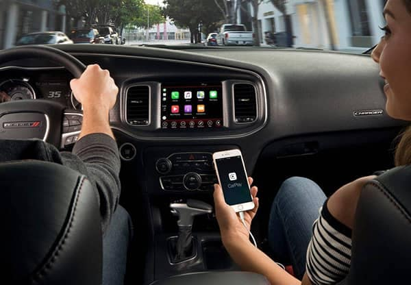 2018 Dodge Charger Apple Carplay