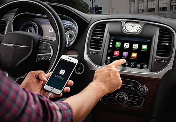 Chrysler Apple Car Play