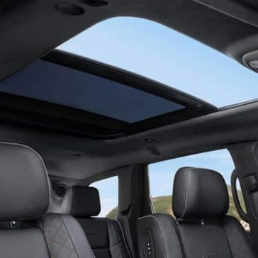 2019-Jeep-Grand-Cherokee-sunroof