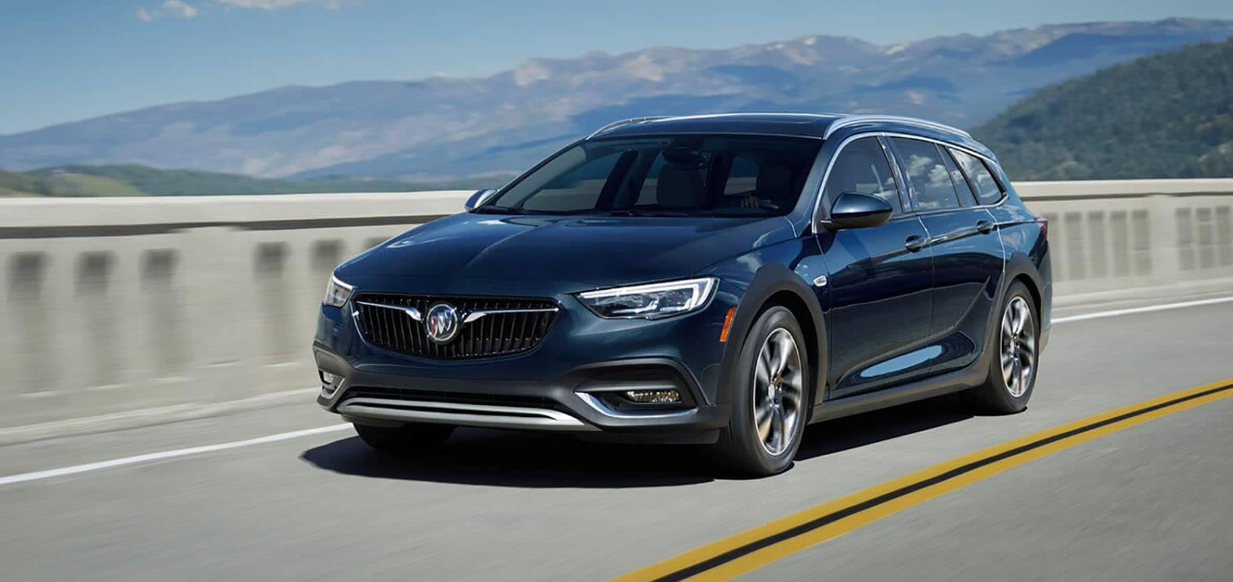 2019 Buick Regal TourX Driving