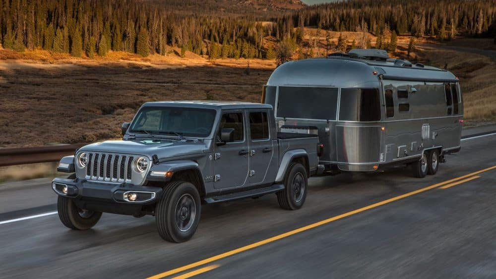 2020 Gladiator towing a trailer