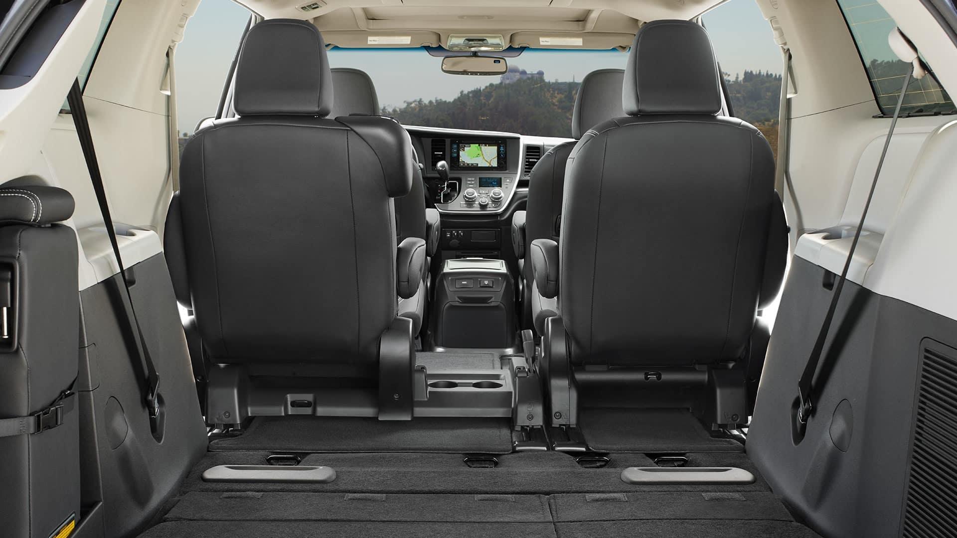 2017 Toyota Sienna SE Premium Interior Black Cargo Area